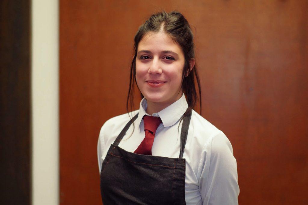 Aurora, camarera en Casa iván