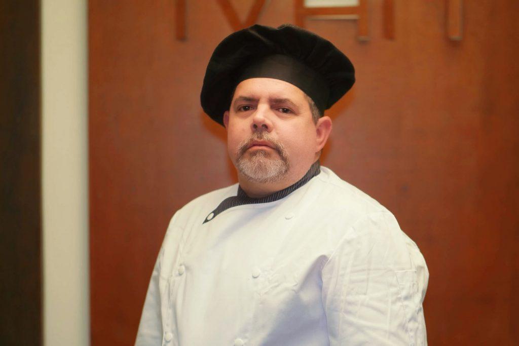 Leyvis, jefe de cocina en Casa Iván